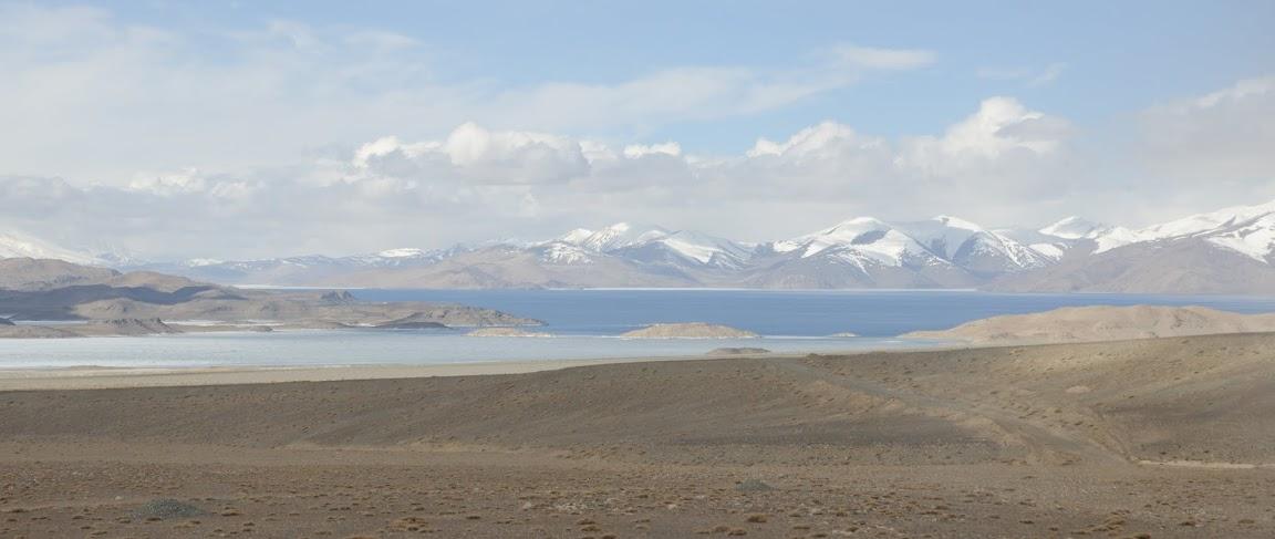 Памірський тракт Озеро Караколь