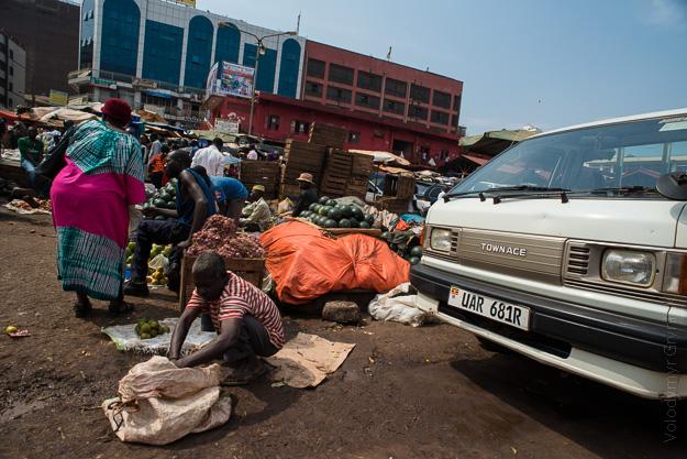 Африка Уганда Кампала базар