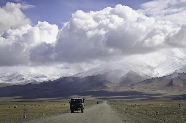 Таджикистан Памірське шоссе фото