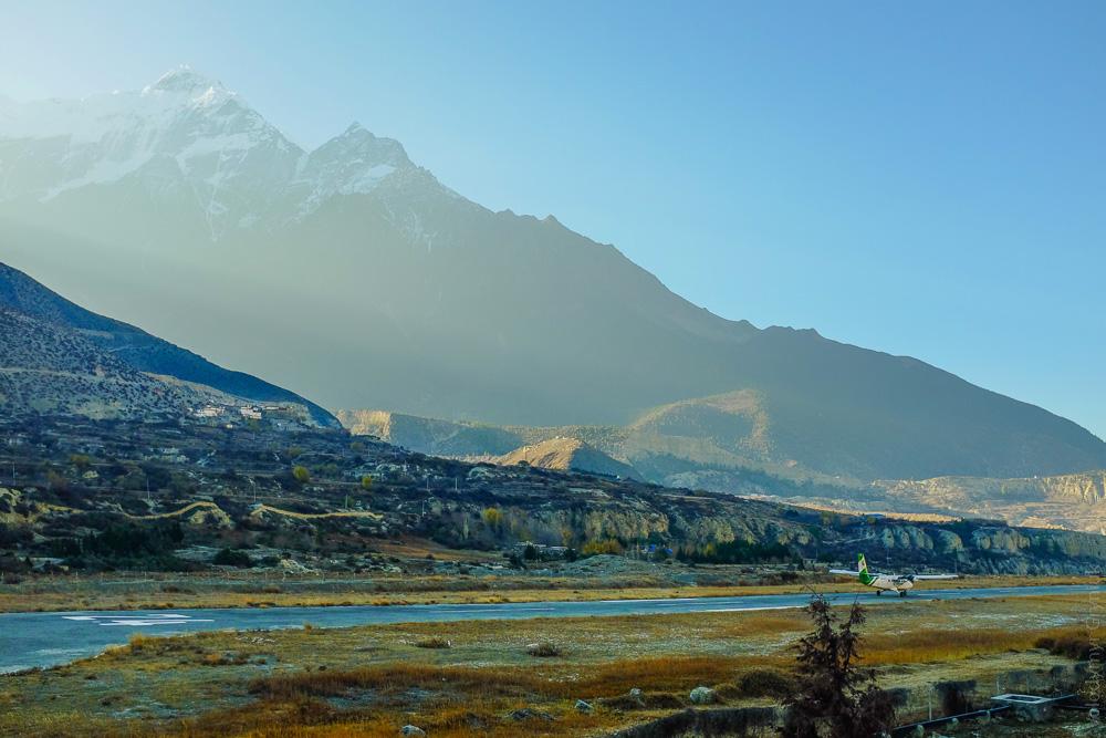Аеропорт Джомсом Непал